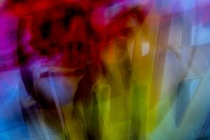 Galerie Ahlemann zeigt ein abstraktes Foto von Ralf Lindenau in der Kategorie Abstraktes in bunten Farben.