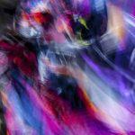 Galerie Ahlemann zeigt ein abstraktes Foto von Ralf Lindenau in der Kategorie Wahnfarben in verschiedenen Farben wobei die Farbtöne mit Blauanteil überwiegen.
