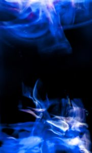 Galerie Ahlemann zeigt ein abstraktes Foto von Ralf Lindenau in der Kategorie Wahnmoves in Blautönen