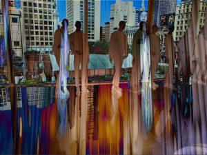 Galerie Ahlemann zeigt ein abstraktes Foto der Fotokünstlerin Hasina Khan in bunten Farben auf dem schemenhaft acht Schaufensterpuppen zu sehen sind, die vor einer großen Fensterfront mit Blick auf San Francisco stehen.